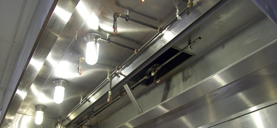 how to clean restaurant hood vents
